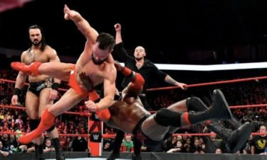 WWE Raw: Tag Team Title Holders Change Hands Before TLC Show