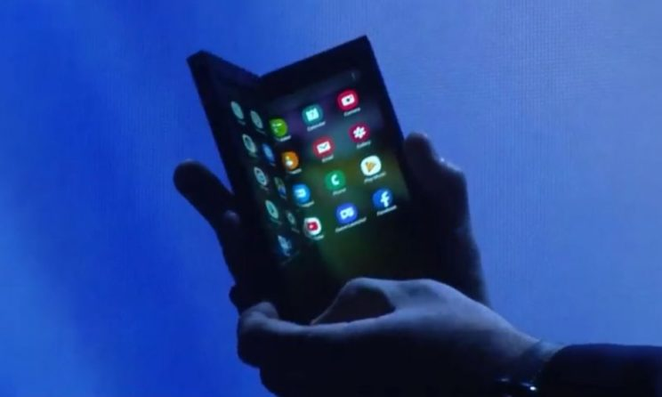 Foldable Smartphone Roundup: Here Is Everything You Need To Know!