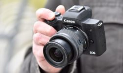 Here Are The Best Mirrorless Camera Available In The Market For 2019!