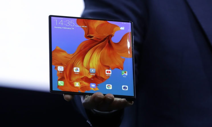 Huawei Mate X Foldable 5G Smartphone Announced At MWC