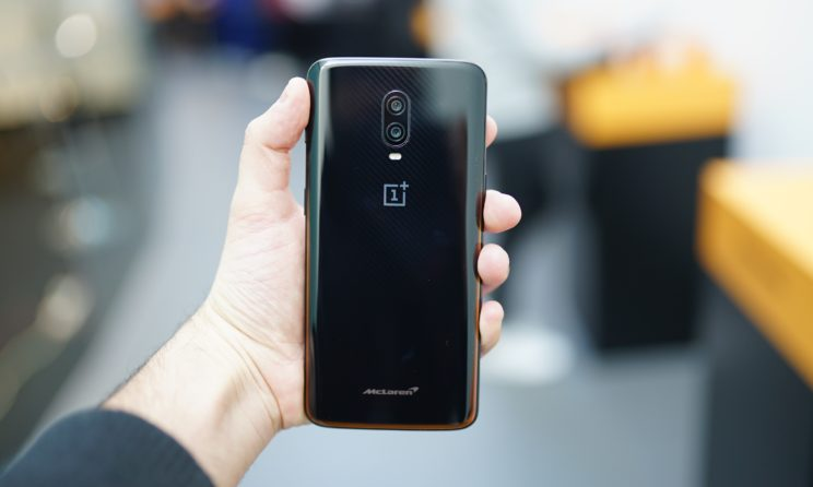 These Are The Best OnePlus 6T Covers, Cases And Flip Covers!