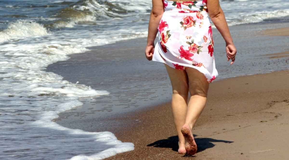 Florida Woman Dies Of Flesh-Eating Bacteria While After Stumbling On Beach