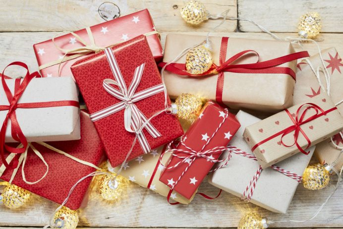 Here Are Top Best Christmas Gift Ideas For Kids & Adults 2019